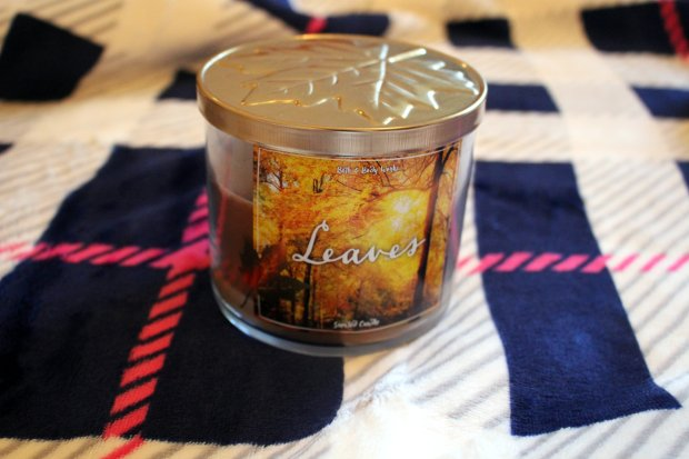 leaves-bath-body-works-candle