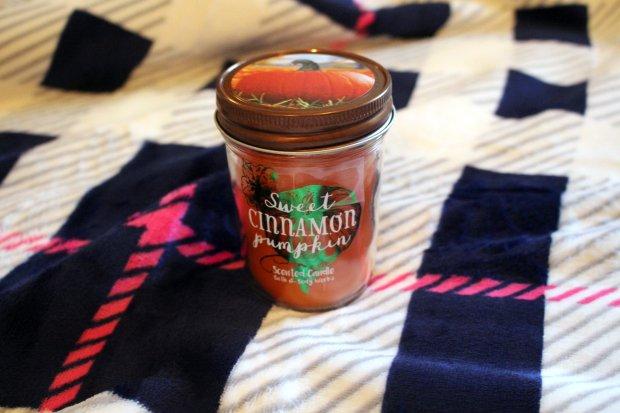 sweet-cinnamon-pumpkin-bath-body-works-candle