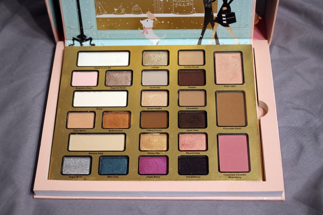 TooFaced Christmas In New York Chocolate Shop Palette.JPG