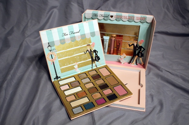 toofaced-christmas-in-new-york-chocolate-shop