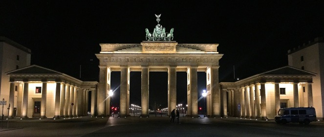 berlin-989111_1920
